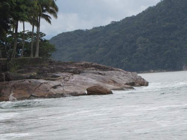 praia-vermelha-ubatuba-lembrancas-da-gabi-blog06
