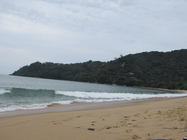 praia-vermelha-ubatuba-lembrancas-da-gabi-blog07